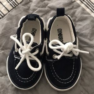Gymboree baby boat shoes in Navy.